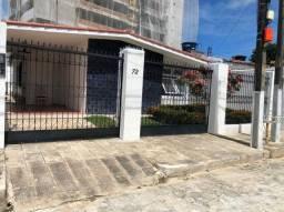 Casa com 3 dormitórios para alugar, 220 m² por R$ 2.900/mês - Gruta de Lourdes - Maceió/AL