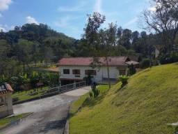Casa com 3 dormitórios à venda, 270 m² por R$ 1.149.000,00 - Praça da Furunfa - Nova Fribu