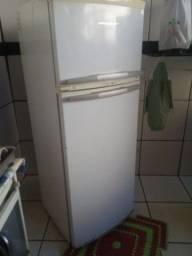 Geladeira Brastemp. Clean 360 Litros fros free
