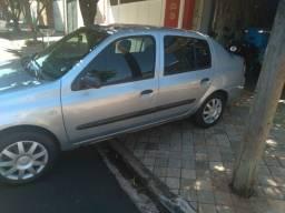 Vendo Renault Clio Aut Hi-Flex