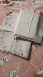Saida maternida,lote, travesseiro e paninho de forrar