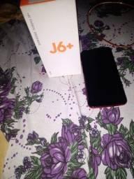 Celular j6+ semi novo