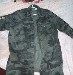 Jaqueta militar em perfeito estado