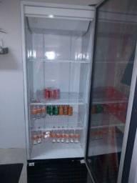 Vendo geladeira expositora ou troco por cervejeira