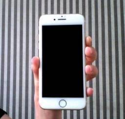 iPhone 7 - 32GB (seminovo)
