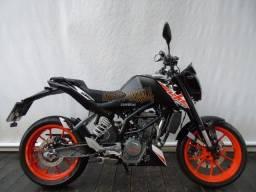 KTM Duke 200 2020 Preta
