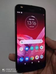 Smartphone Moto Z2 PLAY 530$