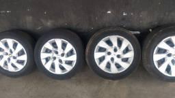 4 rodas ferro  aro 15 4x100 pneus mais calotas
