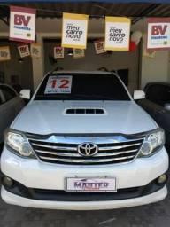 Toyota Hilux SW4 3.0 diesel automático top!!!!! - 2012
