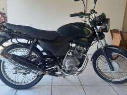 Vendo Yamaha YBR 125 2007 verde R$ 3.000,00