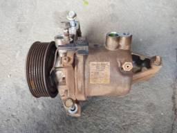Compresso ar condicionado Nissan March 1.6 16v 92600 1HC2B