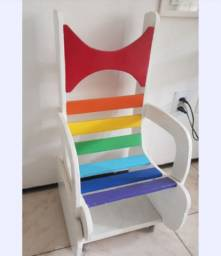 Cadeira De Madeira Infantil Artesanal