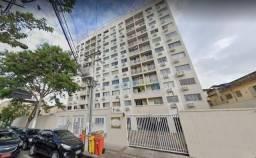 Apartamento com 3 dormitórios para alugar, 75 m² por - Centro - Niterói/RJ