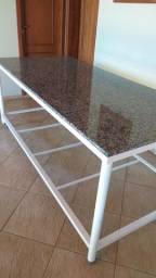 Mesa en granitoe ferro fundido pintado