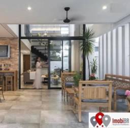 Vendo linda e moderna casa de 4 suítes no Condomínio Florais Cuiabá