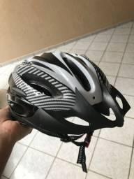 Capacete ciclista novo