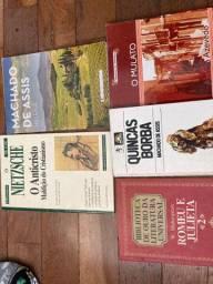 Livros clássicos todos 5 reais