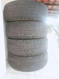 Vendo pneus 3 pneus Royal Black, 1 pirelli scorpion A/T ar 265/17