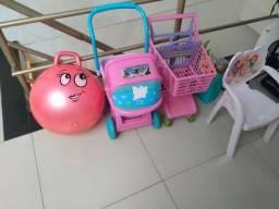 Brinquedos semi novos