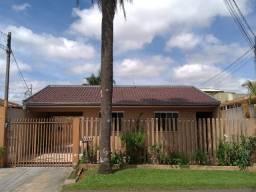 Oportunidade* Bela casa com com edícula e grande terreno no xaxim