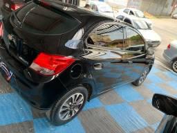 Onix 2015 LTZ automático