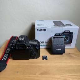 Câmera Canon 80D