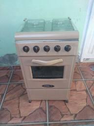 Vendo um fogão