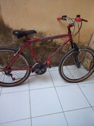 Bicicleta com marcha nova