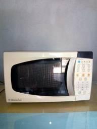 Micro-ondas Electrolux 18L