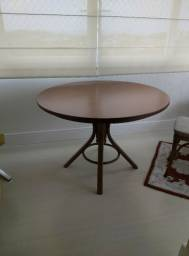 Mesas redondas usada marca Thonart 1,10cm