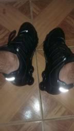 Nike shox nz refletivel promoção últimos pares n40 e 42