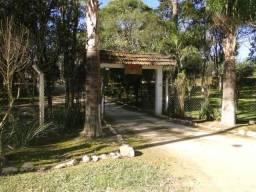 Salão de festa em chácara em .2600 mts do centro de colombo