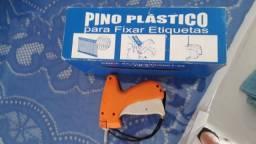 Aplicador de pino de plástico