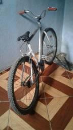Bicicleta aro 26 nada pra mecher vendo barato