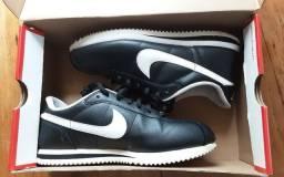 Tênis Nike Cortez Tam. 39