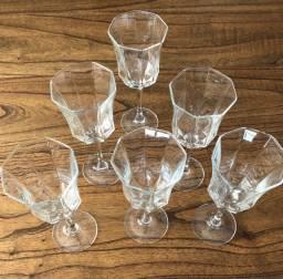 Conjunto de taças vinho
