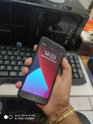 IPhone 7 Plus Jet Black 128GB - Aceito Cartão