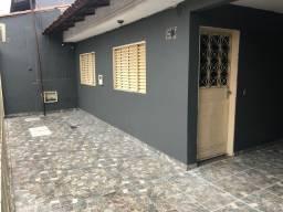QNP 18 - Alugo casa 3 quartos no P Sul