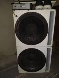 Vendo caixas de som e altos falantes