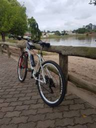 Bicicleta Vivatec 26 - 24V - Conjunto Shimano Alivio - Freio Hidraulico