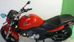 Moto cb 300 top