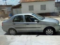 Siena 1.0 2010 completo