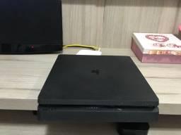 PlayStation 4 Slim 1 TB de HD + 16 Jogos (parcelado 10x cartão)