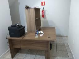 Vendo mesa + armário + impressora
