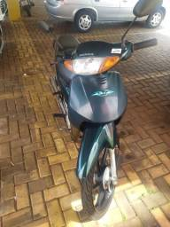 Honda / Biz 100 cc 2004 verde
