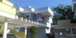 Apartamento Duplex com 2 dormitórios para alugar, 82 m² por R$ 1.700,00/mês - Centro - Por