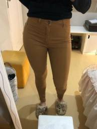 Calça jeans cós alto 44