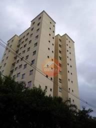 Apartamento com 3 Quartos à Venda, 64 m² por R$ 240.000