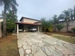 Vicente Pires, rua 12! Excelente oportunidade, casa com 4 suites, 800m2, 950mil!