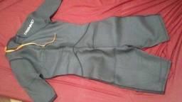 Vende se uma roupa de nadador original da tribord novo número:38